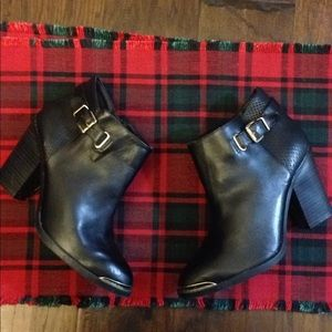 Rock & Republic Black Leather Ankle Boots